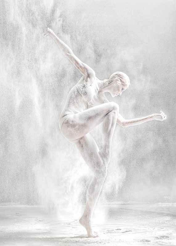 Dance Pose No3-3