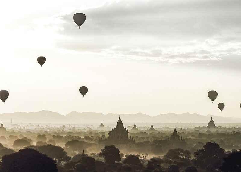 Air Balloons Over Tempel-3