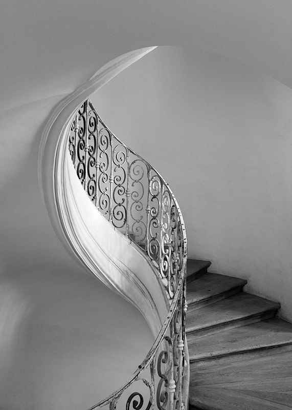 Curved Stairs-3