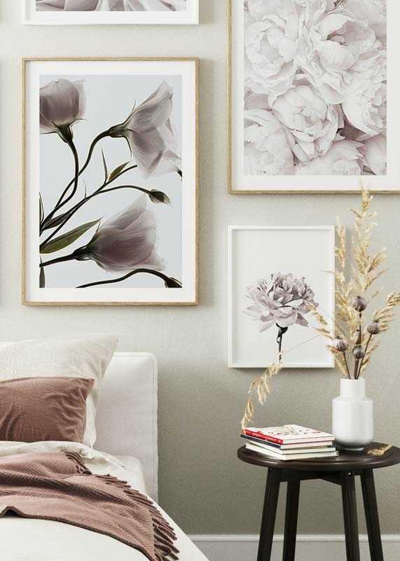 Three White Flowers-4
